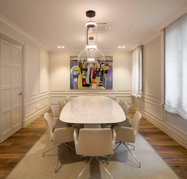 Momocca, mobiliario de diseño: interiorismo en una notaría en Bilbao 9