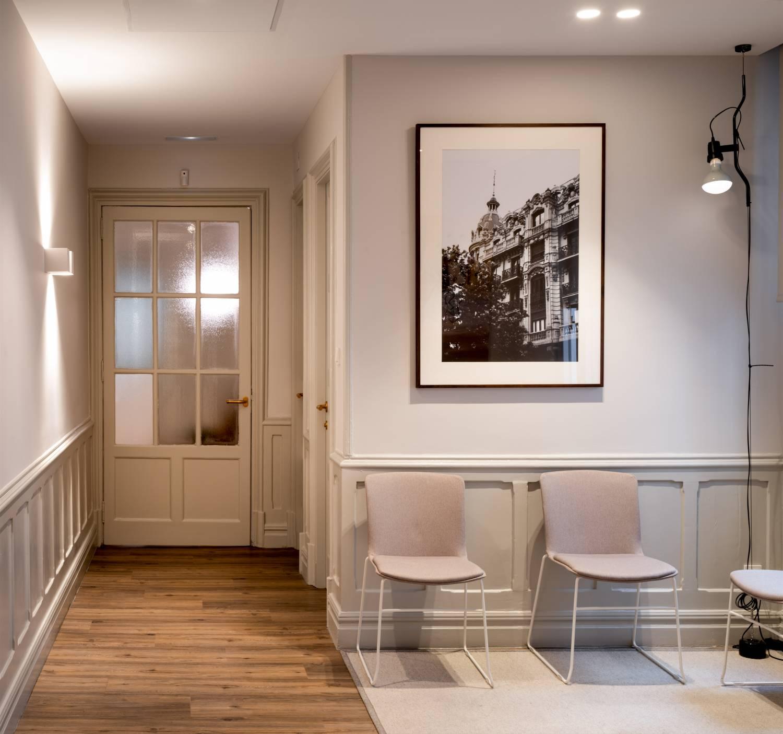 Momocca, mobiliario de diseño: interiorismo en una notaría en Bilbao 7