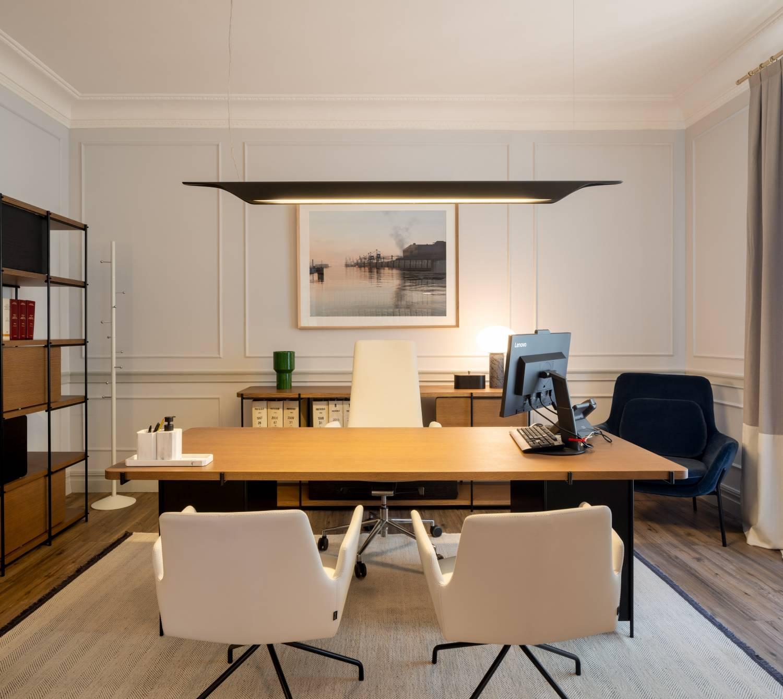 Momocca, mobiliario de diseño: interiorismo en una notaría en Bilbao 4