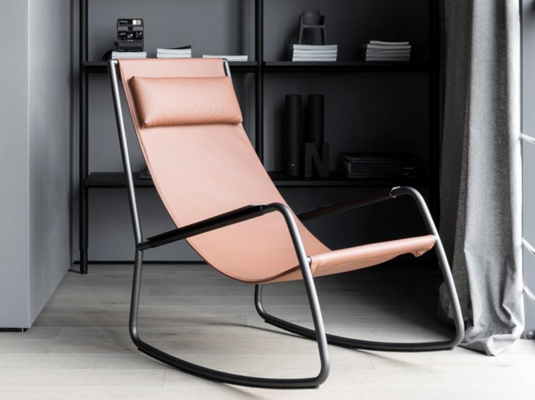 marcas muebles minimalistas: Living Divani, explorando el Monocromo 23