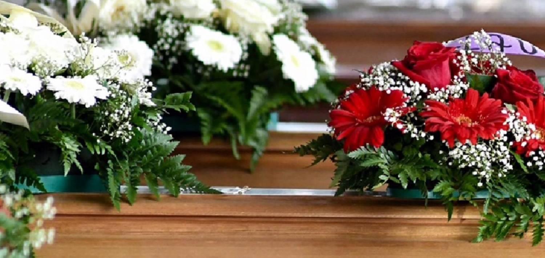 tipos de flores para difuntos y funerales 5