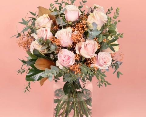 ¿Por qué regalar flores rosas? 9
