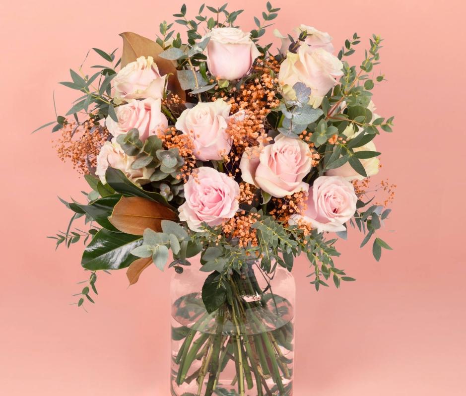 ¿Por qué regalar flores rosas? 1