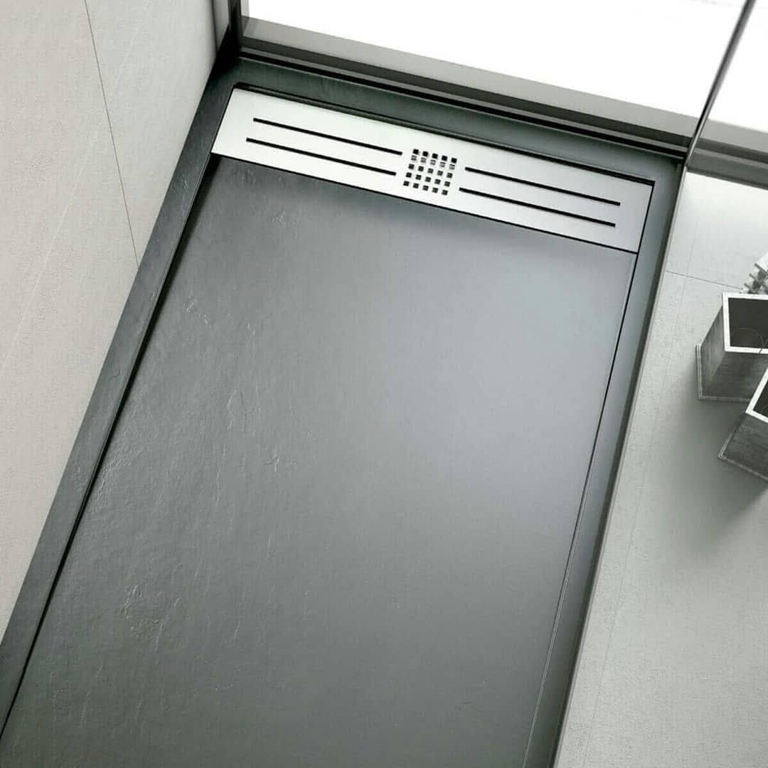 el plato de ducha de plástico ofrece ventajas, pero… ¿Por qué se doblan? 38